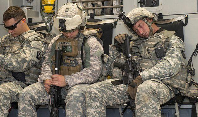 Cách ngủ trưa nhanh của lính mỹ