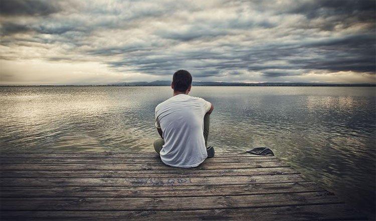 Có quá nhiều áp lực, cô đơn, không có sự quan tâm