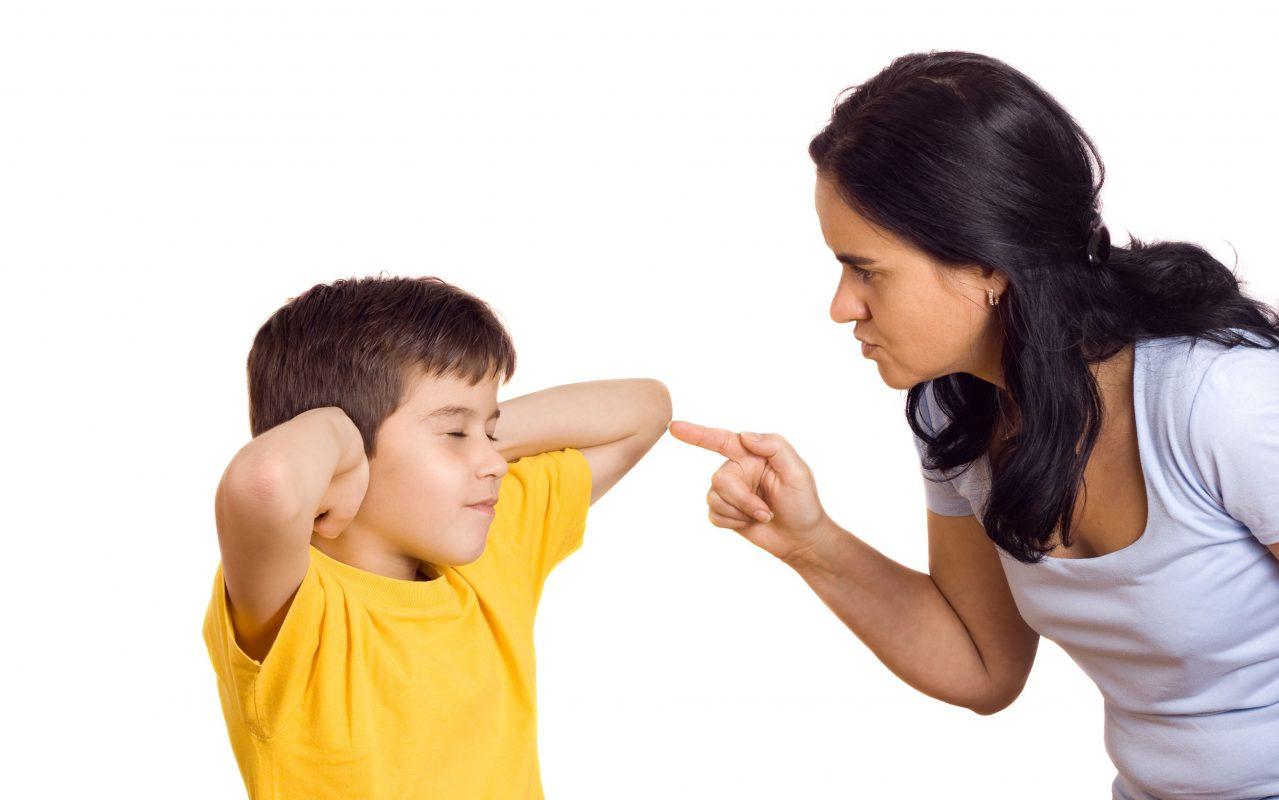 Cách dạy con bướng bỉnh